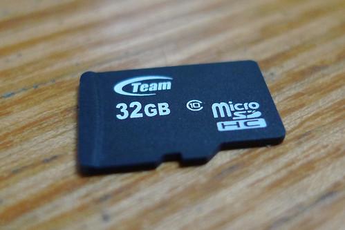 32 GB microSDHC Team