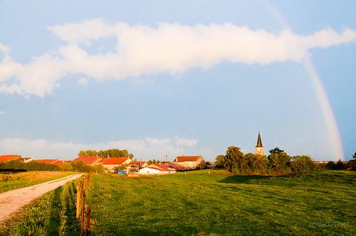Pueblecitos del norte y arco iris