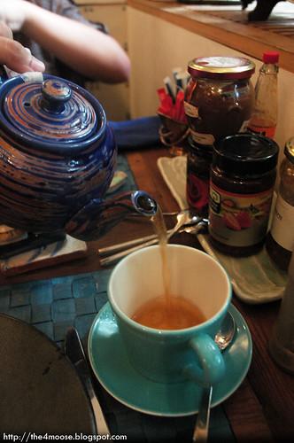 Sunhead of 1617 B&B - English Breakfast Tea