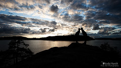 Bedtime Story (lichtpinsler) Tags: sunset sea sky night island kiss meer sonnenuntergang stockholm good schweden himmel menschen story bedtime mann frau nicolai archipelago kuss schren vaxholm harich gutenachtkuss