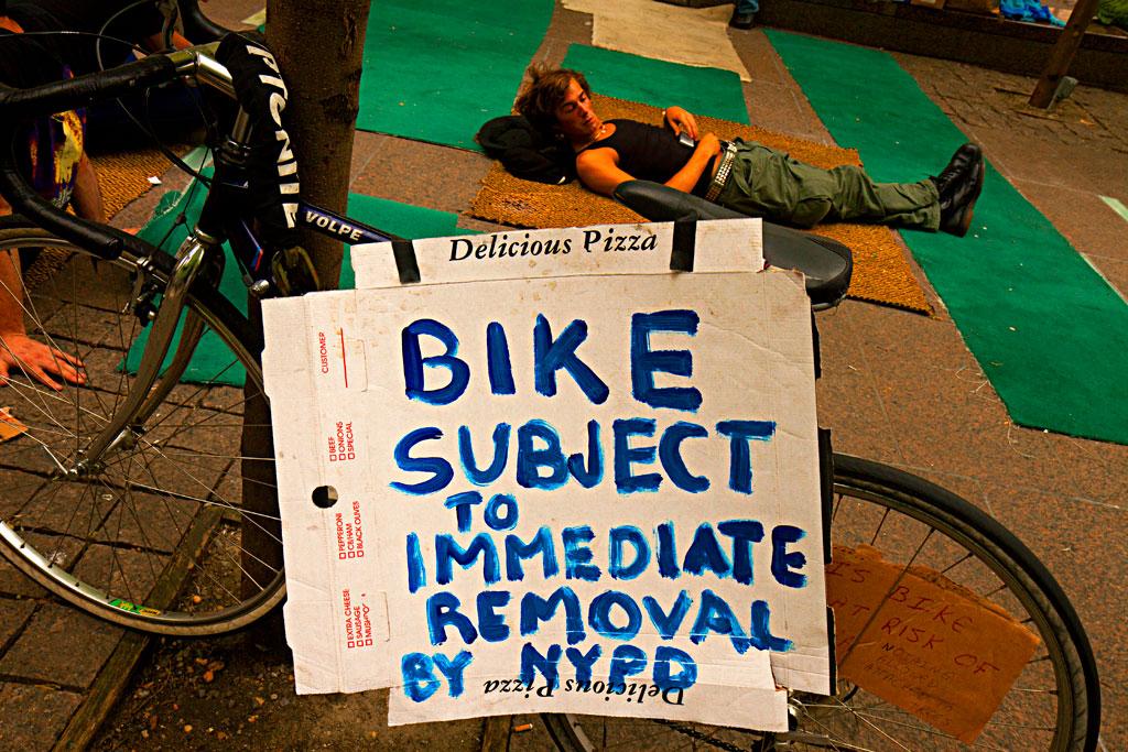 BIKE-SUBJECT-TO-IMMEDIATE-REMOVAL--Manhattan