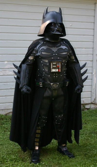 batman-darth-vader-cosplay 400x686