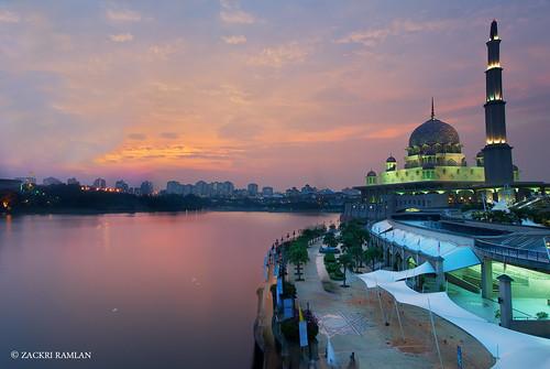Putra Mosque, Putrajaya by Zackri Zim'S