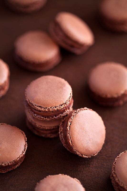 Chocolate and tonka bean macarons