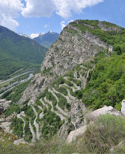 Lacets du Montvernier's 18 hairpin bends climb an impossible looking cliff. This is possibly the best kept secret in the Alps. Photo credit: Pierre Dompnier