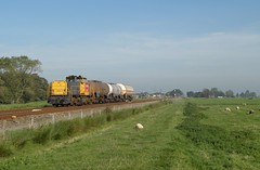 Adorp - 28 september 2011 (Kars Cleveringa) Tags: train zug db cargo loc trein dbs railion schenker 6400 zags sauwerd locomotief 6414 goederentrein 62312 adorp ketelwagens ketels keteltrein zacns dbsrn