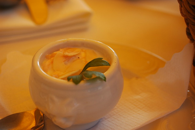 Joghurt-Kürbis-Mandel-Dip