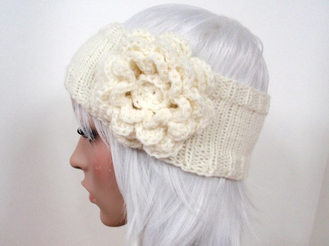 Knitted Headband with Crochet Flower