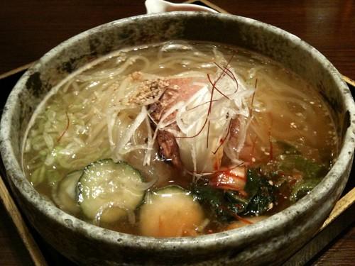 ここでは手打ち冷麺もいただきました。@翔山亭