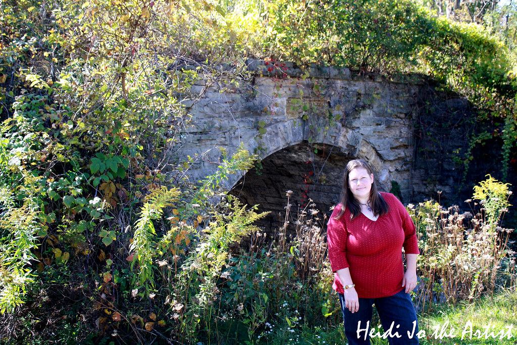 Heidi Jo the Artist by Stone Bridge - Heart Love Red Outfit