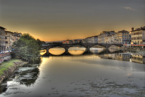 P.te alla Carraia from Ponte S. Trinita, Florence, Italy
