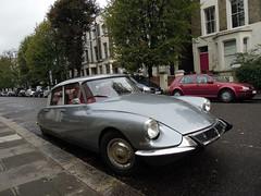 Citroën DS (SamismagiC) Tags: uk england london wet car weather vintage chelsea sam hill citroen ds bad royal spot collection borough parked kensington spotting notting samismagic