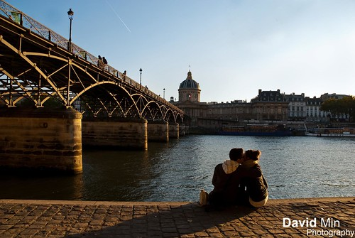 Paris, France - Couples @Ponts des Arts by GlobeTrotter 2000