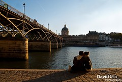 Paris, France - Love In The Air @Ponts des Arts (GlobeTrotter 2000) Tags: morning bridge autumn sunset summer vacation paris love tourism seine sunrise river de la europe library air arts couples ile visit romance des lovers explore pont romantic lover cite padloc