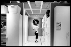IKEA  上海北蔡#2 (Yong . L) Tags: china bw ikea monochrome scan summicron fujifilm acros100 bwfilm leicam3 shanghaichina 35cm canon8800f 八枚玉 summicron35mm8ele