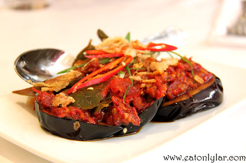 Terung Berlada (aubergine with chilli paste), Tuk Din Restaurant