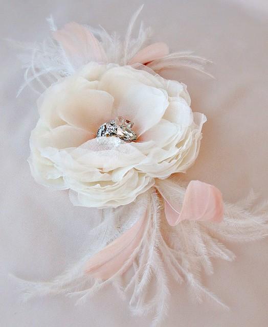 pinkflowerfeatheredweb