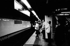 2011-0502-1537 (t-a-i) Tags: nyc newyorkcity people newyork standing train underground us fuji unitedstates metro manhattan platform grandcentralstation neopan grandcentral ricoh gr1 iso1600 fujineopan1600 newyorkcitysubway ricohgr1