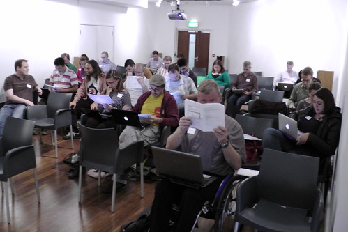 Lots of people learning Drupal at Drupal Discovery Day Brighton 2011