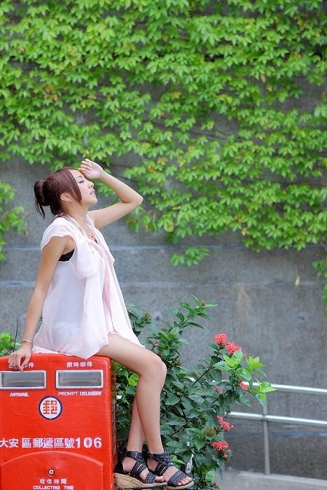 [活動公告]2011/10/02 (日) Linda 興大外拍