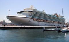 Ventura (Jos Luis Lpez Vzquez) Tags: ocean sea mar barco cruiseship oceano crucero oceanliner transatlantico