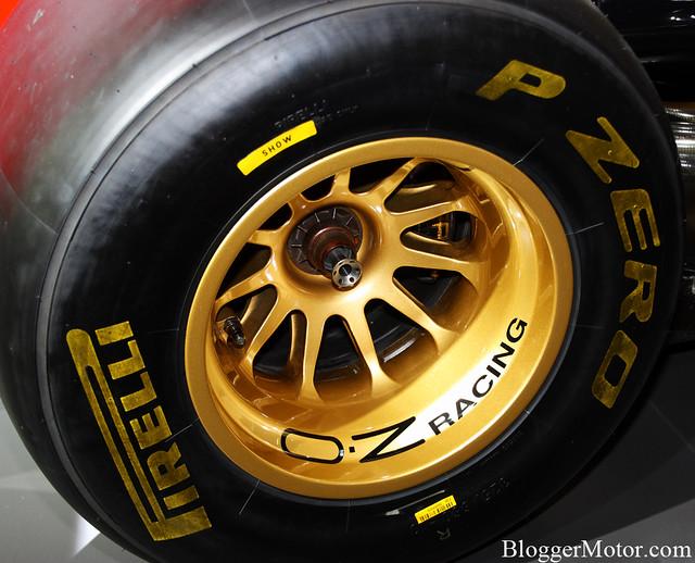 Lotus Renault F1 2011 (VI)