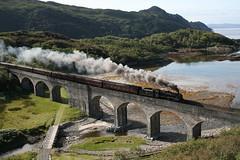 44871 with The Jacobite at Loch Nan Uamh Viaduct (60044) Tags: black robert concrete fort 5 five bob william mama class glen viaduct loch sir nan leading mallaig lms 460 jacobite mcalpine lochailort 5mt uamh stanier black5 44871 2y61 glenmama