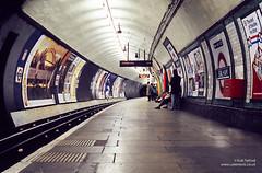 Balham Northbound, 1990 (cybertect) Tags: canonav1 london film tube slide railwaystation londonunderground londontube balham northernline undergroundstation canonfd50mmf18 charlesholden epsonv700