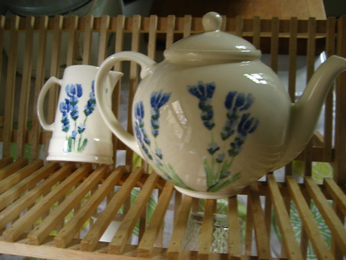 Lavender teapot (and sweet matching milk jug)