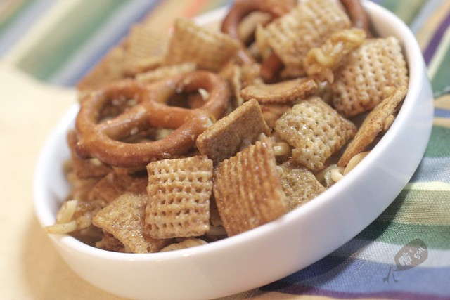 Kid-Friendly Recipes: Cinnamon Snack Mix