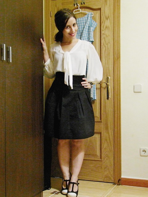 outfit blanco y negro 2