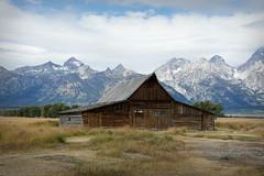 DSC02036 (_zozo_) Tags: wyoming grandtetonnationalpark mormonrow moultonbarn