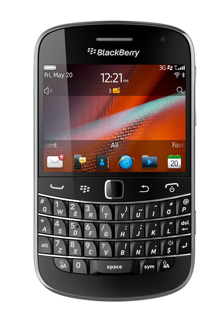 BlackBerry Bold 9900 Photo3