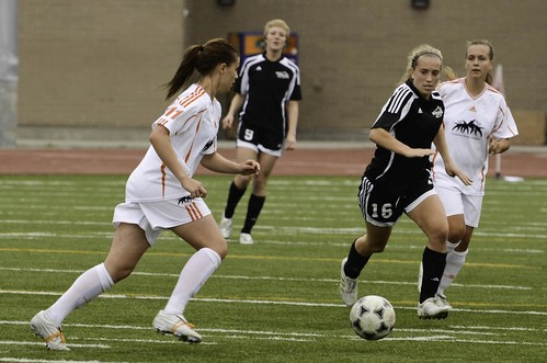 WOLFPACK WOMEN'S SOCCER HAND VIU SECOND LOSS OF PAC WEST