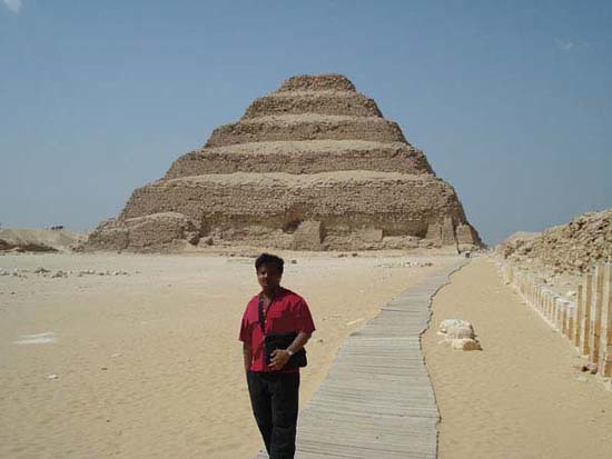 Step pyramid of Pharaoh Djoser_mon