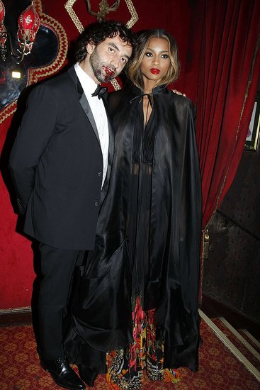 6216565659 4678d5b397 o Carine Roitfelds Vampire Ball in Paris
