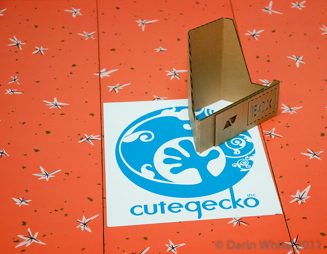 BOXware PlayBook Stand - CuteGecko 009