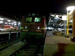 ET-WAP-4#22629 (deepak nambiar i.r-railfan) Tags: railroad train mas railway loco trains locomotive et railways railfan exp southernrailway indianrailways indianrail irfca chennaicentral electricengine offlink indianrailfan itarsiwap422629 chennaiallepey