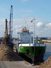 Visurgis (mark_fr) Tags: sea river golden boat dock sand ship yorkshire north pride william estuary east riding metallica wright tug hull ferries imo humber humberside bvbv 7109362 vursurgis