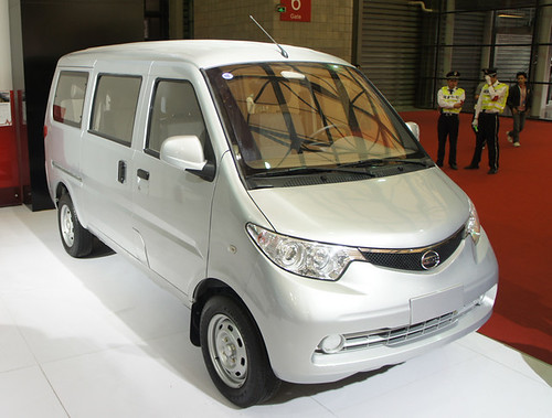 JNZ SHUTTLE electric or gasoline cargo or passenger van