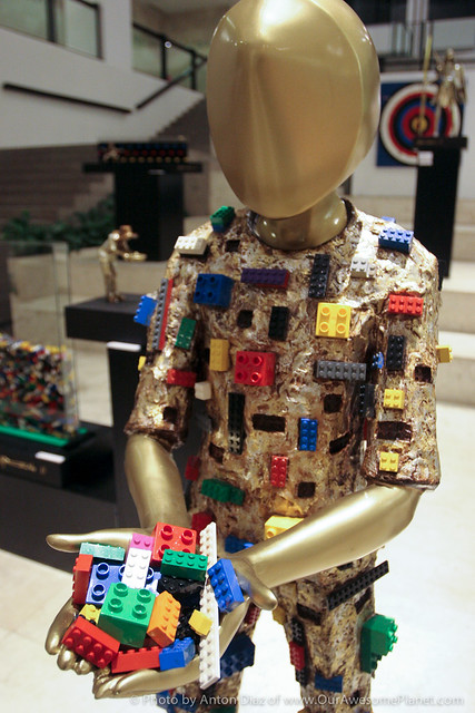 FILL ME UP Brass, Fiberglass, LEGO Bricks (54 x 24 x 21)-3.jpg