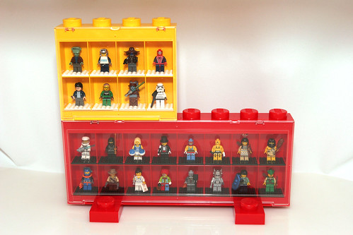 LEGO Minifigure Display Case - 13