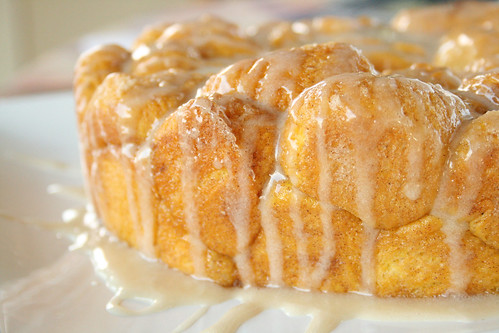 pumpkin pull apart monkey bread4