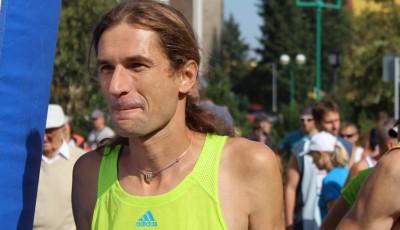 Běžecká závodní taktika je pole neorané