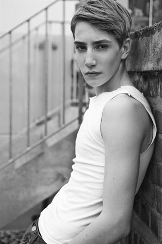 Jonathon Luke Baker0004(D1 Models)