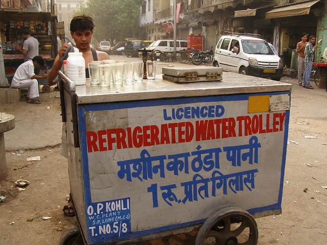 卖水的小贩