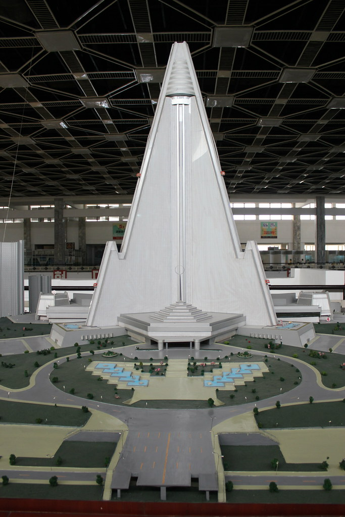 PYONGYANG | Ryugyong Hotel   Reconstruction | 1,083 FT / 330 M | 105 FLOORS    Page 33   SkyscraperPage Forum