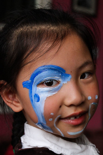 girl with dolphin facepaint