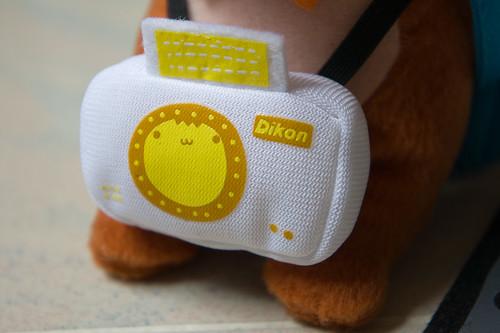 仔細一看, 癲噹的相機是 Dikon 呢, 鏡頭也很可愛(心)