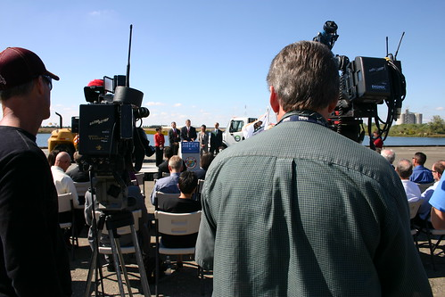 Secretary Vilsack discusses the American Jobs Act at the Port of Sacramento